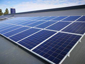 Biolan Ekoasuminen ja Euran Teollisuushuolto aloittavat aurinkoenergiayhteistyön